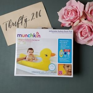 [Munchkin] Inflatable Safety Duck Tub - New